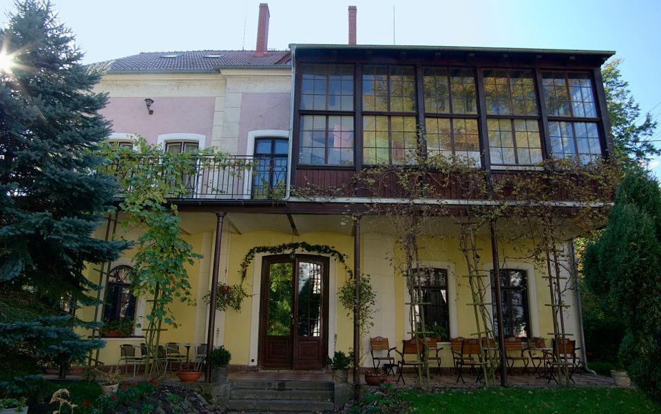 Pałac Sapetów w Tucznie
