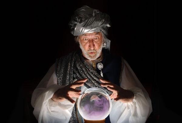 Przewidywanie przyszłości - czas gwaiazdowy, a doznania pozazmysłowe
